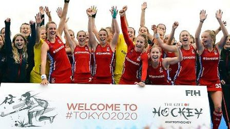 Great Britain's women celebrate qualifying for the Tokyo Olympics (pic GB Hockey)