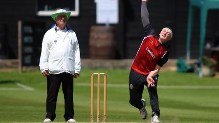 Max Harris of North Middlesex in bowling action (pic: George Phillipou/TGS Photo).