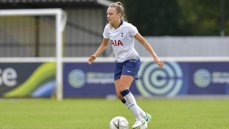 Tottenham Hotspur Ladies midfielder Josie Green in action (pic: Wu's Photography).