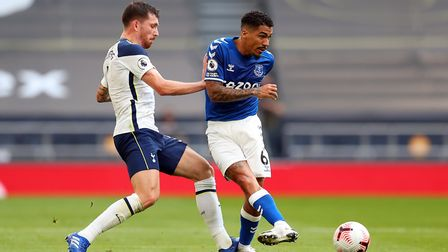 Everton's Allan (right) and Tottenham Hotspur's Pierre Hojbjerg during the Premier League match at t