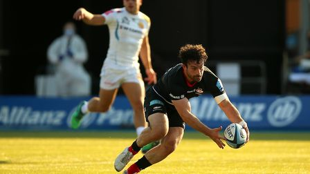 Saracens' Dom Morris scores his side's second try of the game during the Gallagher Premiership match