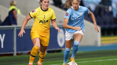 Tottenham Hotspur's Siri Worm (left) and Manchester City's Janine Beckie battle for the ball during