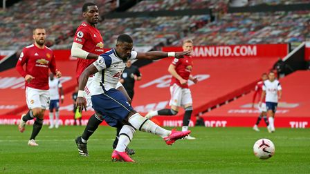 Tottenham Hotspur's Serge Aurier scores his side's fifth goal