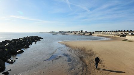 Red flags were raised at Lowestoft South Beach amid pollution concerns over the August bank holiday.