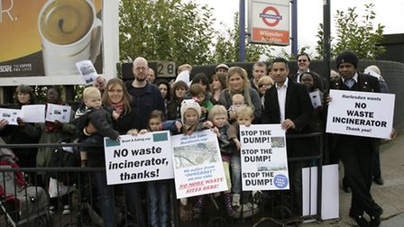 Residents are opposed to the proposals to build a giant recylcing centre at Willesden Junction