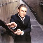 David Gray has also signed up to the gig