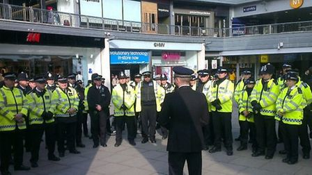Officefs briefed in public as part of the operation
