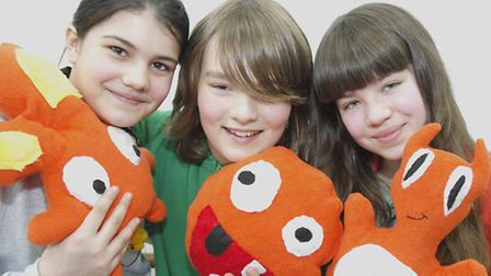 Elena Nell Diaz (10) Tom Latinovic (12) ad Lola Monaghan (15) with the soft toys they made Pic: TON