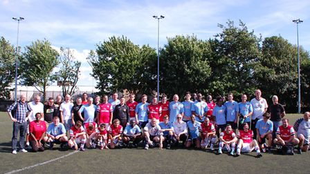 Former Arsenal players and celebrities line up for charity game