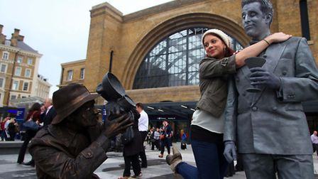 Victorian-themed living statues greeted commuters this morning to mark the opening of the newly rede