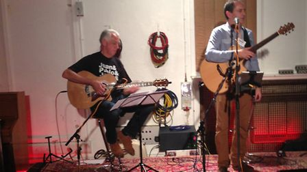 Bob Wootton and Nick Tilley entertain the crowd at Abbey Raod Studios