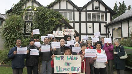 Campaigners outside the old Barham Library (Pic credit: Jan Nevill)