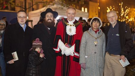 Leader of the Council Cllr Richard Watts, Rivka Korer, Chabad-Islington Rabbi Mendy Korer, Mayor of
