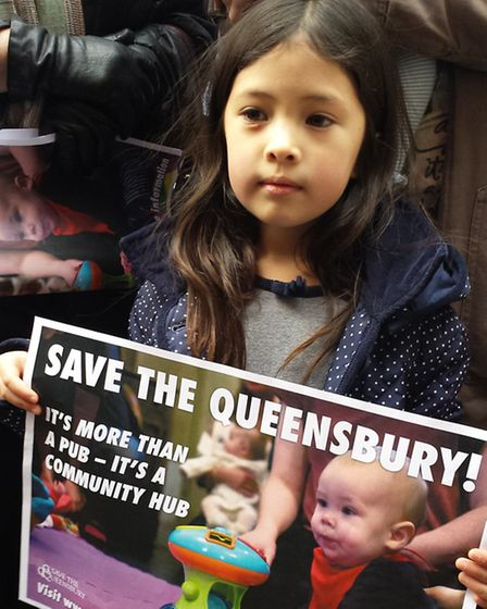 Supporters of the Queenbury Pub lobbied planning officers against plans for its destruction.