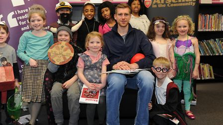 Gunners' star Per Mertersacker joins young readers