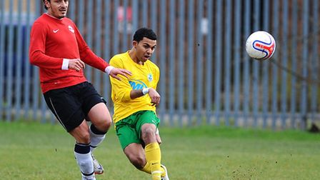 Alex Stephens in action for AFC Wembley (Pic credit: Andrew Aleksiejczuk)