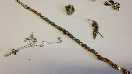 Police seized seeveral pieces of gold items
