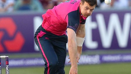 James Harris in action for Middlesex Panthers against Essex Eagles. Pic: Gavin Ellis/TGSPHOTO
