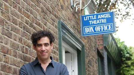 Stephen Mangan has backed the theatre's bid for a new roof