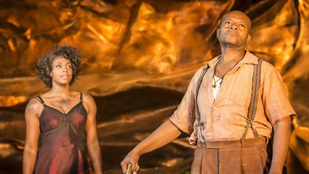 Nicola Hughes as Bess and Rufus Bonds Jr as Porgy. Photo Johan Persson