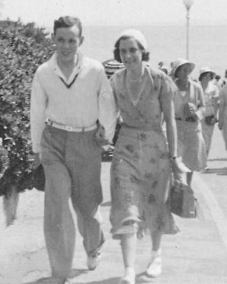 Bill and Ethel Power at Bournemouth in 1937