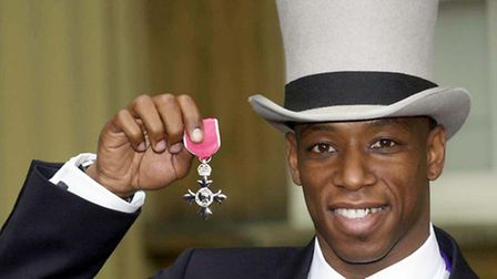 Ian Wright with his MBE in 2000 (Pic credit: PA)