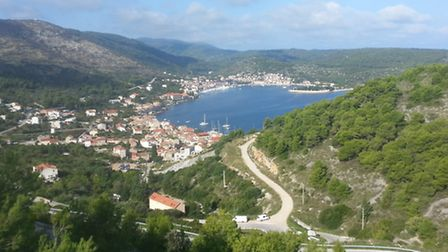 Vis Town from high in the mountains