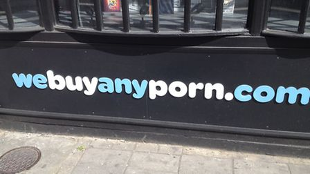 webuyanyporn.com in Holloway Road