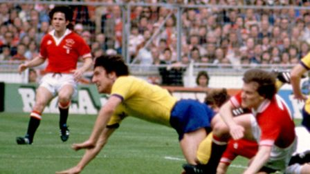 Brian Talbot (4) scores Arsenal's first goal in the 1979 FA Cup final