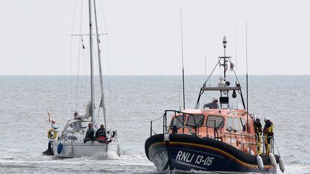 Lowestoft RNLI lifeboat 'Patsy Knight launched to assist a Dutch yacht after it got into difficultie