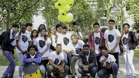 Youths stage flash mob on Islington Green