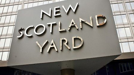 Police are appealing for witnesses after a body was found in the Regent's Canal.