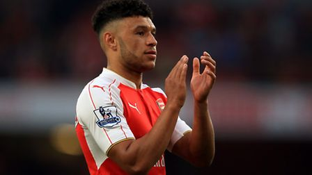 Arsenal's Alex Oxlade-Chamberlain applauds the fans. Picture: John Walton/PA