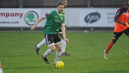 Hendon defender Carl McCluskey in action against Wingate & Finchley in January (Pic: Derek Beech)