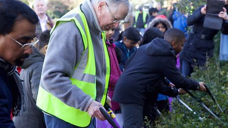 Clean for the Queen where The Duke of Gloucester joined Park Lane Primary School children to pick up