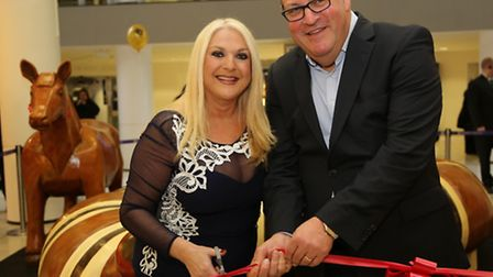 Vanessa Feltz unveiled the replica wooden animal installation with Brent Cross general manager Tom N
