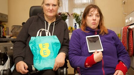 Cassie (left) & Sarah-Louse Hawes with EE Tablet. Photo by Adam Tiernan Thomas