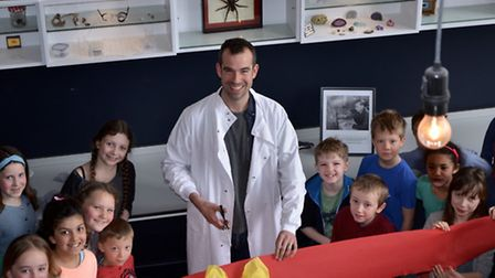 """CBBC's Dr. Chris Van Tulleken from 'Operation Ouch!' opens the """"Q-Room"""" at Yerbury Primary School"""