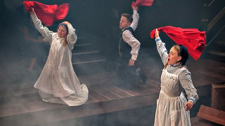 Beth Lilly, Rozzi Nicholson-Lailey and Izaak Cainer star in The Railway Children. Picture: Anthony R