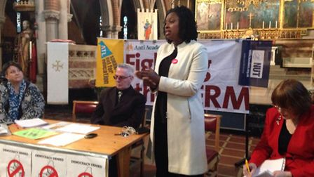 Dawn Butler MP speaking to parents against the forced academisation of a school in Brent
