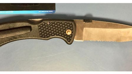 A suspected gang member has been arrested following the discovery of this knife (Pic: Twitter@MPSBre