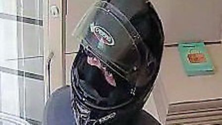 """""""Second man"""" from Handbag Clinic theft in Islington. Picture: Metropolitan Police"""