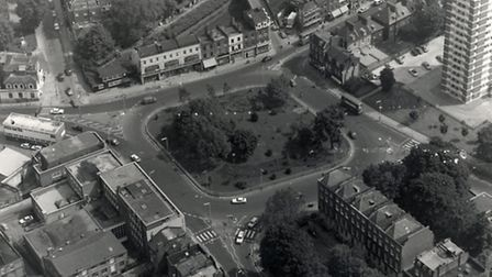 Highbury Corner in 1987. Picture: Islington Local History Centre
