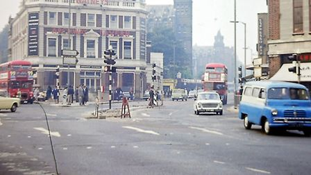 Archway Tavern in the 1960s. (Picture: Islington Local History Centre).