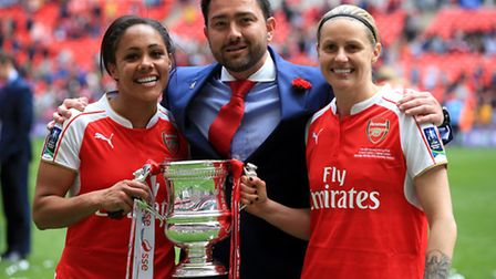 Arsenal Ladies' Alex Scott (left) with manager Pedro Martinez Losa and team-mate Kelly Smith after t