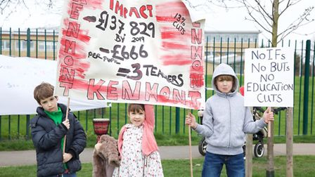 School cuts protest in Brent