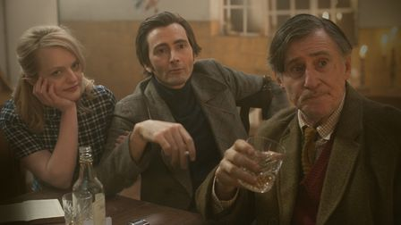 Elizabeth Moss, David Tennant and Gabriel Byrne star in Mad To Be Normal. Picture: Paul Stephenson