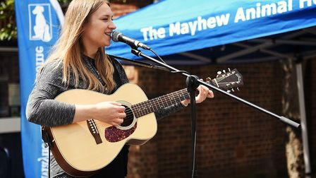 Acoustic singer Dolly Mavies at the Mayhew fundraiser (Picture: Jo Moolenschot)