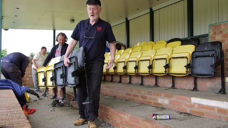 Hendon have installed new seating at their Silver Jubilee Park ground, kindly donated by the MCC (pi