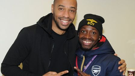Victor meets his idol Thierry Henry.